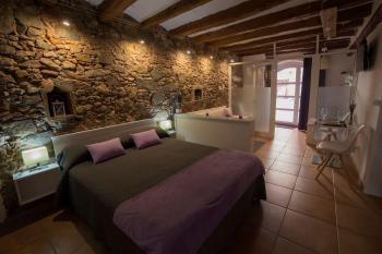 Alquier de Apartamento en Falset, Tarragona para un máximo de 2 personas con  1 dormitorio