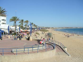 Alquier de Apartamento en Chiclana de la Frontera, Cádiz para un máximo de 4 personas con 2 dormitorios