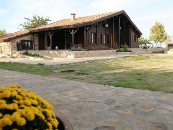 Alquier de Casa rural en Mascaraque, Toledo para un máximo de 8 personas con 4 dormitorios