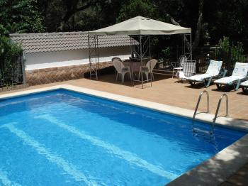 Alquier de Chalet en Córdoba, Córdoba para un máximo de 8 personas con 5 dormitorios