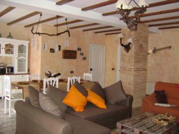 Alquier de Casa en Utiel, Comunidad Valenciana para un máximo de 6 personas con 2 dormitorios