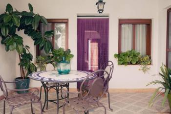 Alquier de Casa rural en Bobadilla, Jaén para un máximo de 6 personas con 3 dormitorios