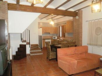 Alquier de Casa rural en Chulilla, Valencia para un máximo de 7 personas con 3 dormitorios