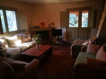 Alquier de Casa rural en Candeleda, Ávila para un máximo de 8 personas con 4 dormitorios