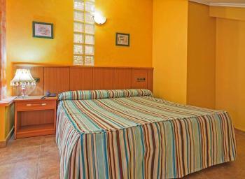 Alquier de Otros en Tordesillas, Valladolid para un máximo de 3 personas con  1 dormitorio