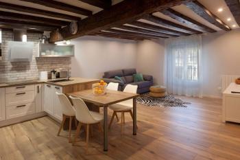 Alquier de Apartamento en Burgos, Burgos para un máximo de 4 personas con  1 dormitorio