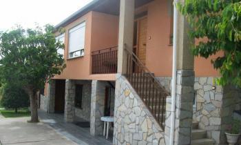 Alquier de Casa en Almazcara, León para un máximo de 6 personas con 3 dormitorios